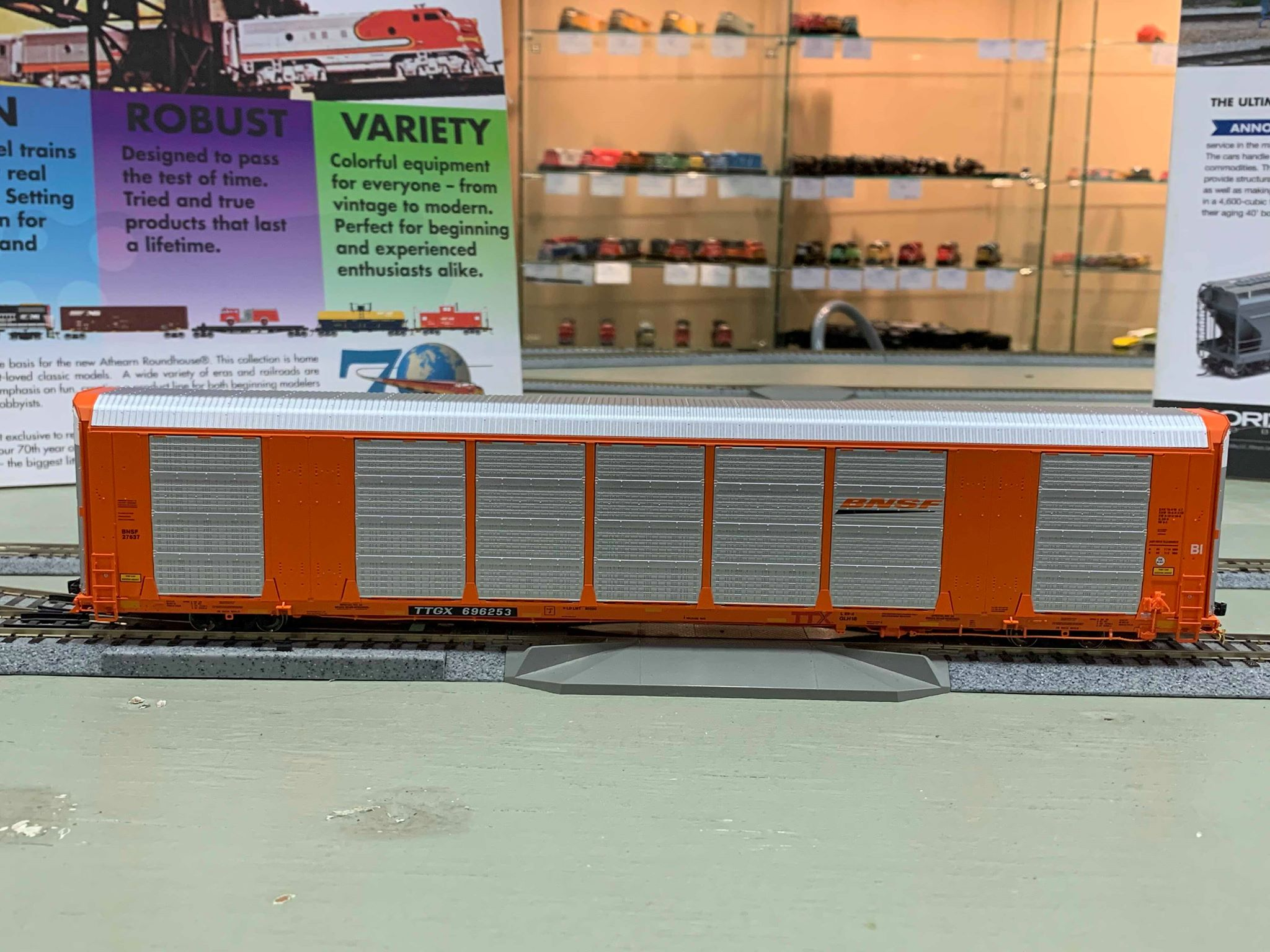 Atlas 20005660- HO Gunderson Multi-Max Auto Rack BNSF (Orange) No.696253