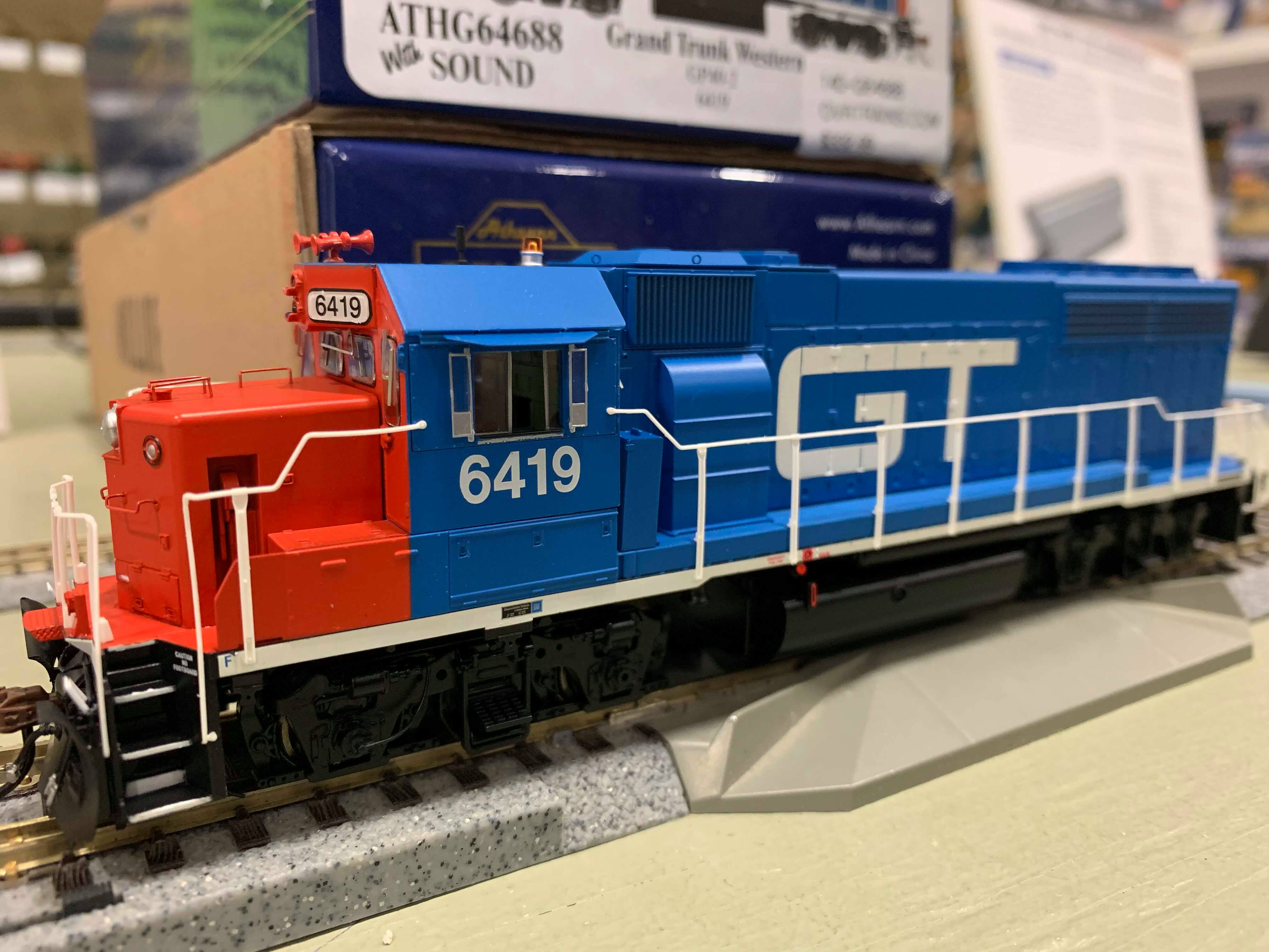 Athearn Genesis G64686 HO Scale - GP40-2 - DCC & Sound - GT #6408