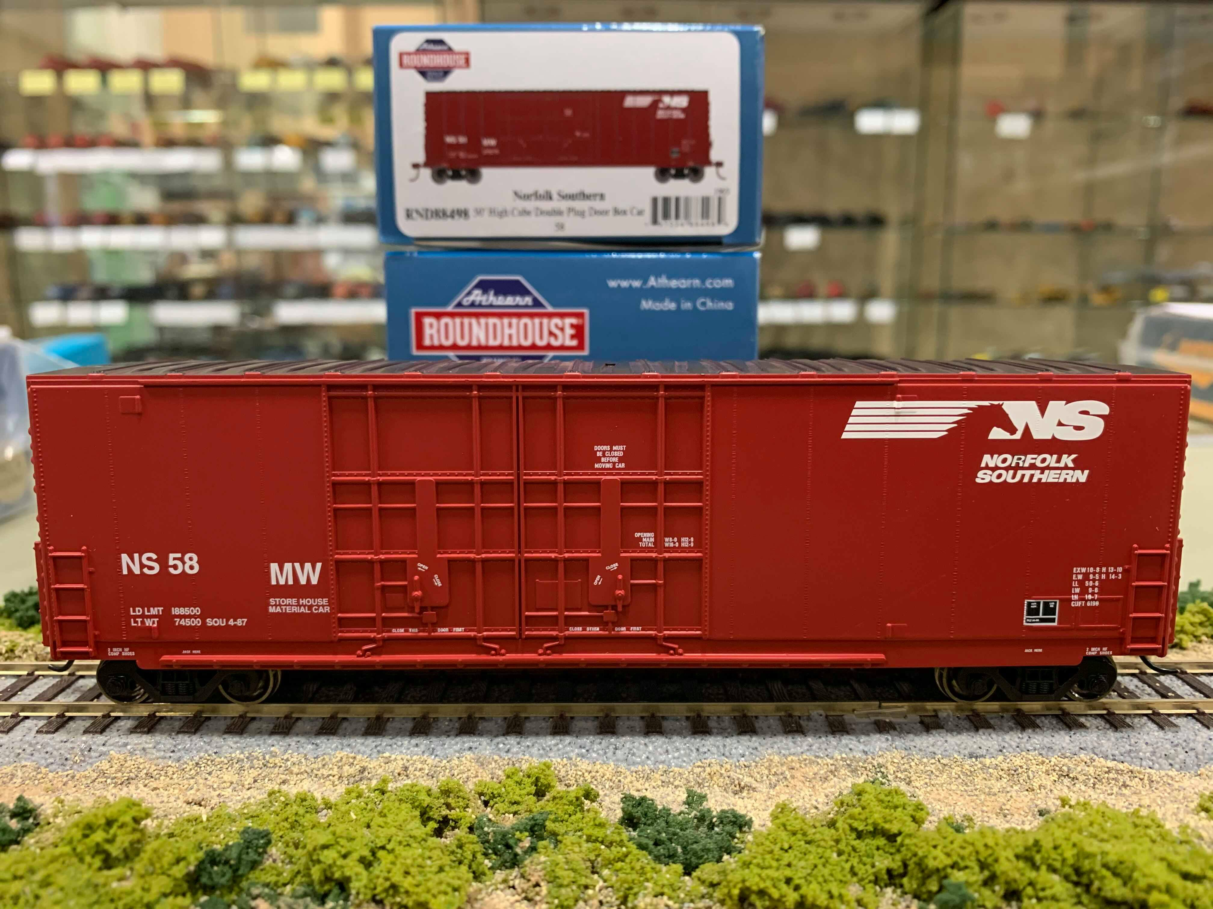 Athearn RND88496 HO Scale - 50Ft High Cube Double Door Plug Box - Norfolk Southern #41