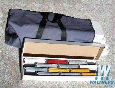 Walthers 19256 HO - Hobby Tote System w/Nylon Carrying Case - 5 low-Sided Containers