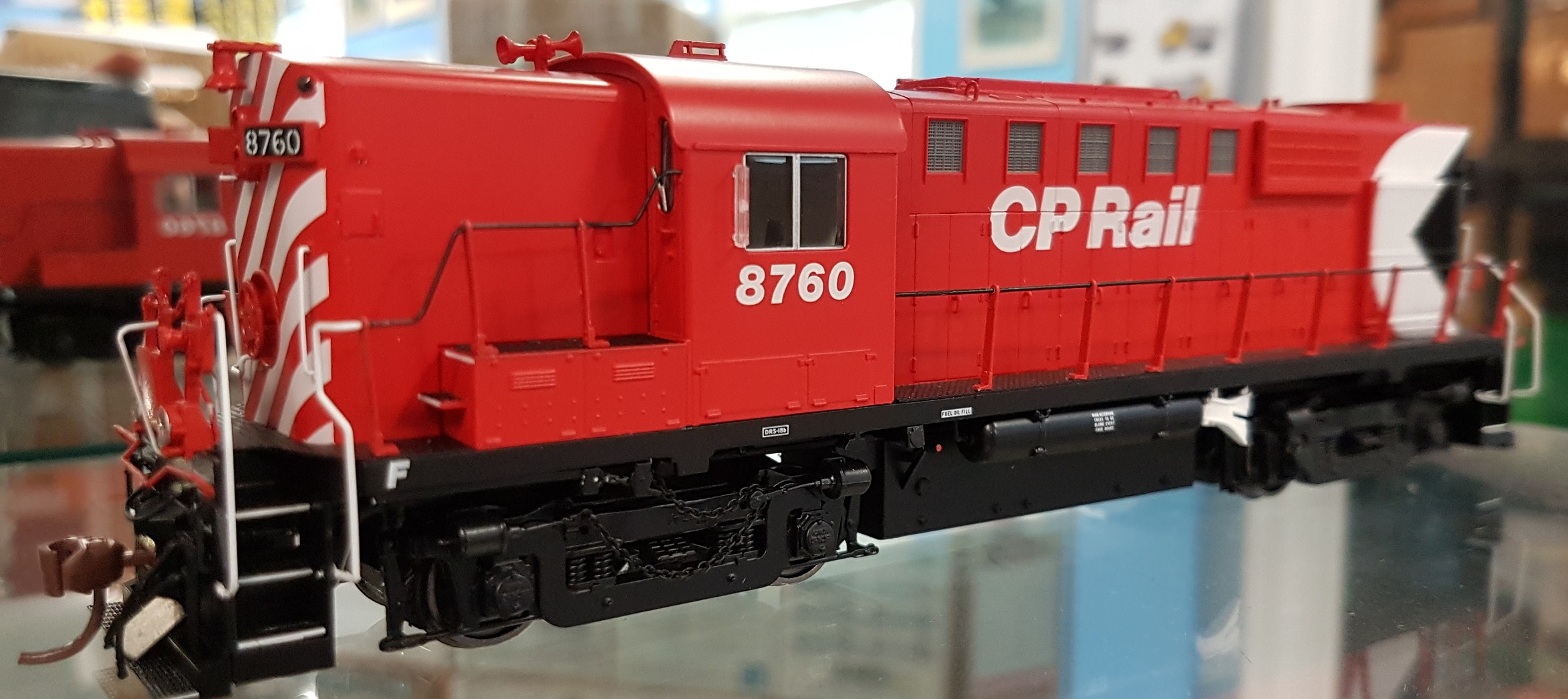 Rapido 32541 HO MLW RS-18 DRS-18b CP Rail (8 inch Stripes) DCC & Sound - 8766 w/Ditch Lights