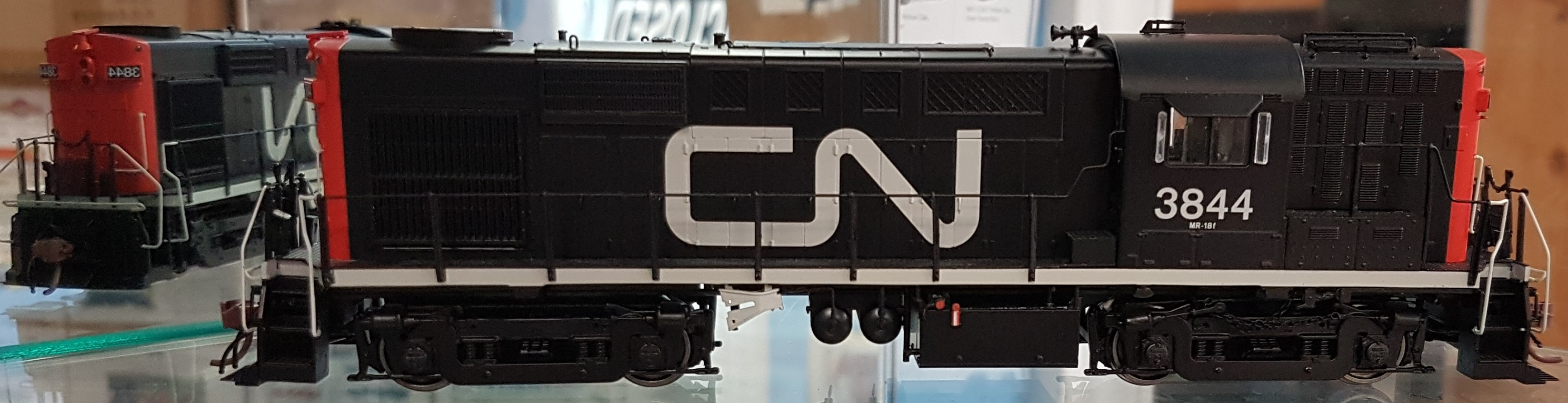 Rapido 32512 HO MLW RS MR-18f Canadian National (Noodle) DCC & Sound - 3837