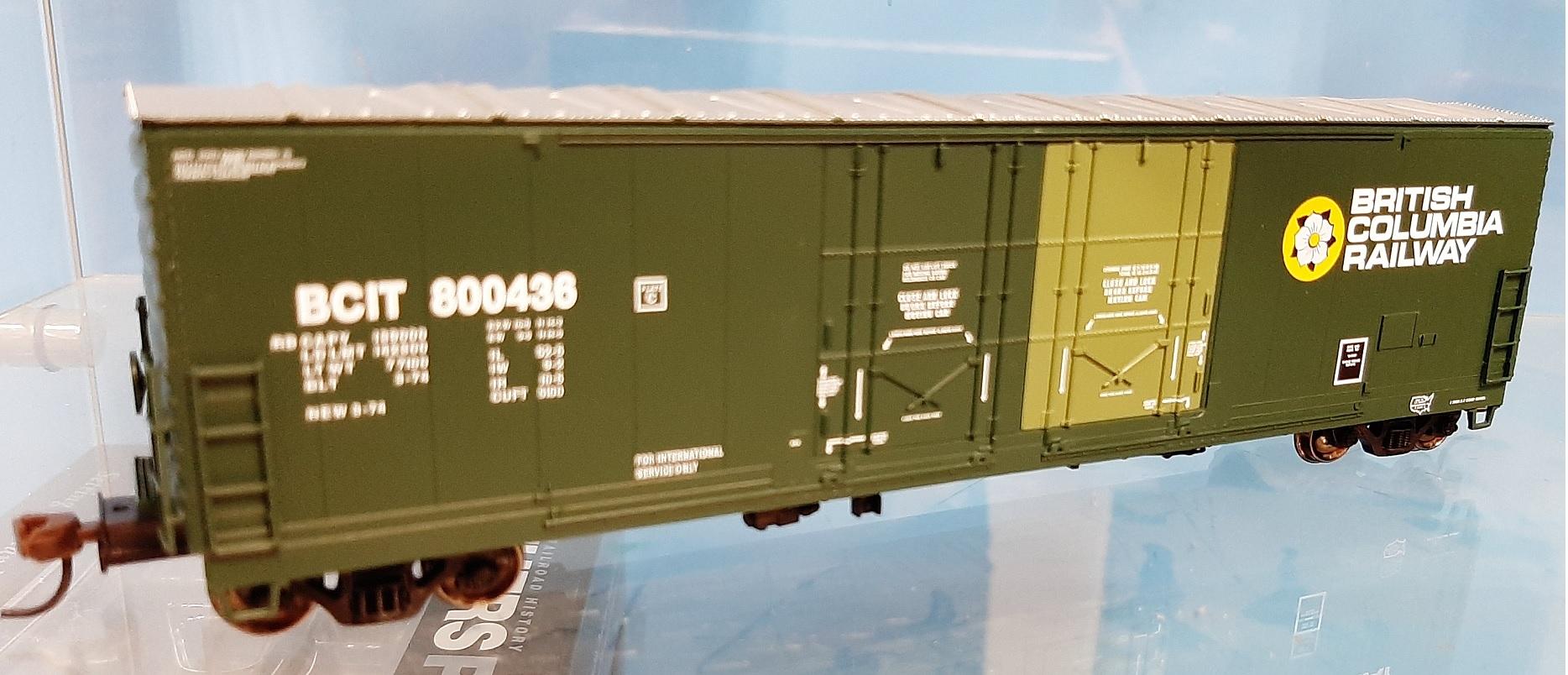 Atlas 20005411 - HO 53ft Evans Double Plug Door Boxcar - British Columbia #800444