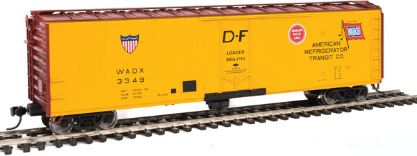 Walthers 2829 HO Mainline 50 Ft PC&F Insulated Boxcar ART #3349