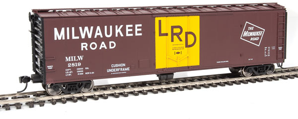 Walthers 2839 HO Mainline 50 Ft PC&F Insulated Boxcar Milwaukee Road #2819