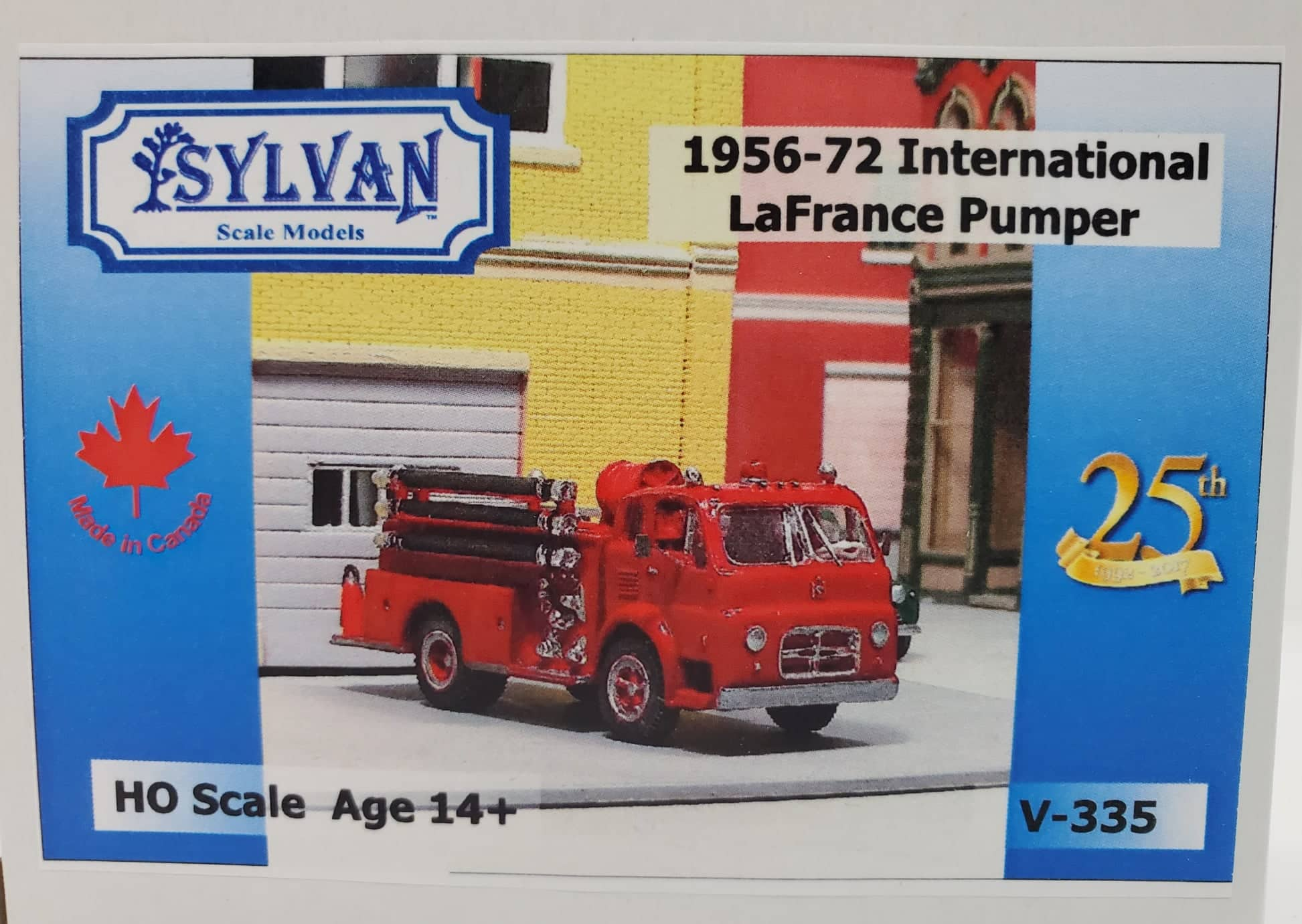 Sylvan Scale Models 335 HO Scale - 1956-72 IHC-190/LaFrance Pumper - Unpainted and Resin Cast Kit