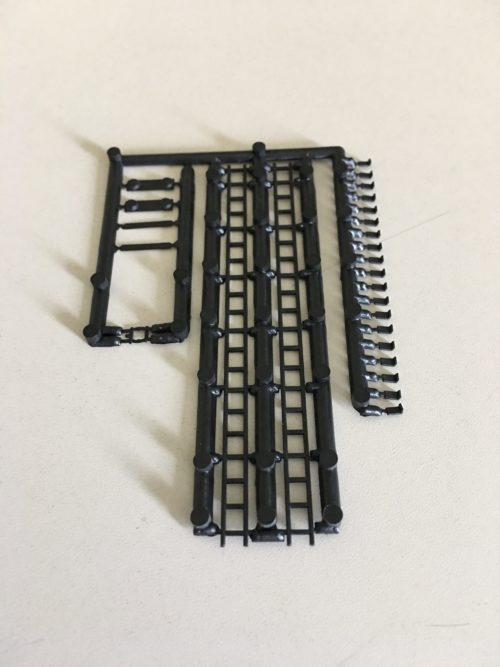Rix 506 HO Water/Oil Tank Ladder Kit