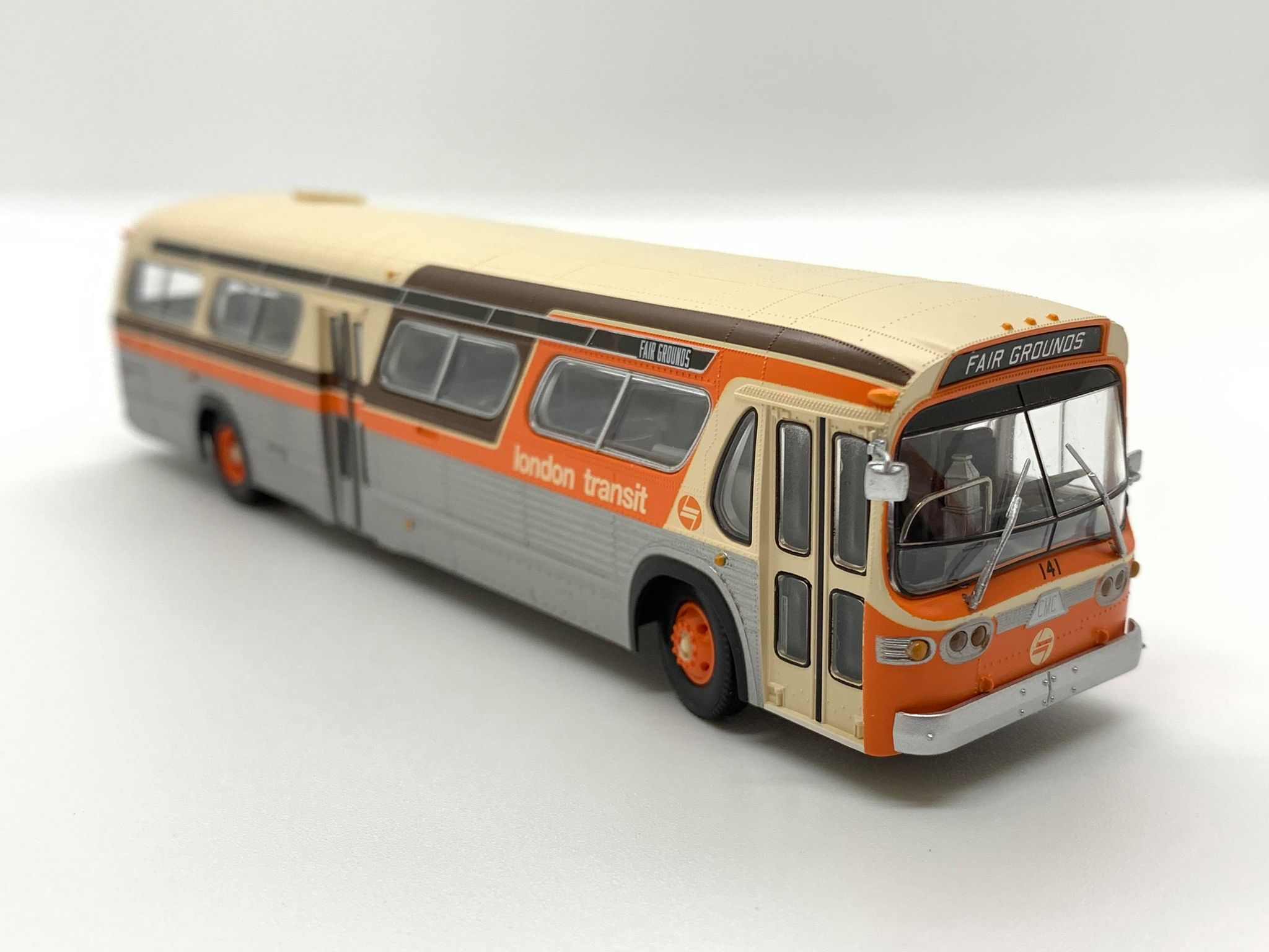 Rapido Trains 753097 HO New Look Bus Exclusive London Transit Commission (Orange/Brown)#141 Fair Grounds Deluxe