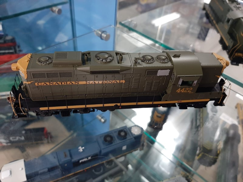 Athearn Genesis G62951 - HO GP9 - DCC/Sound - Canadian National #4422