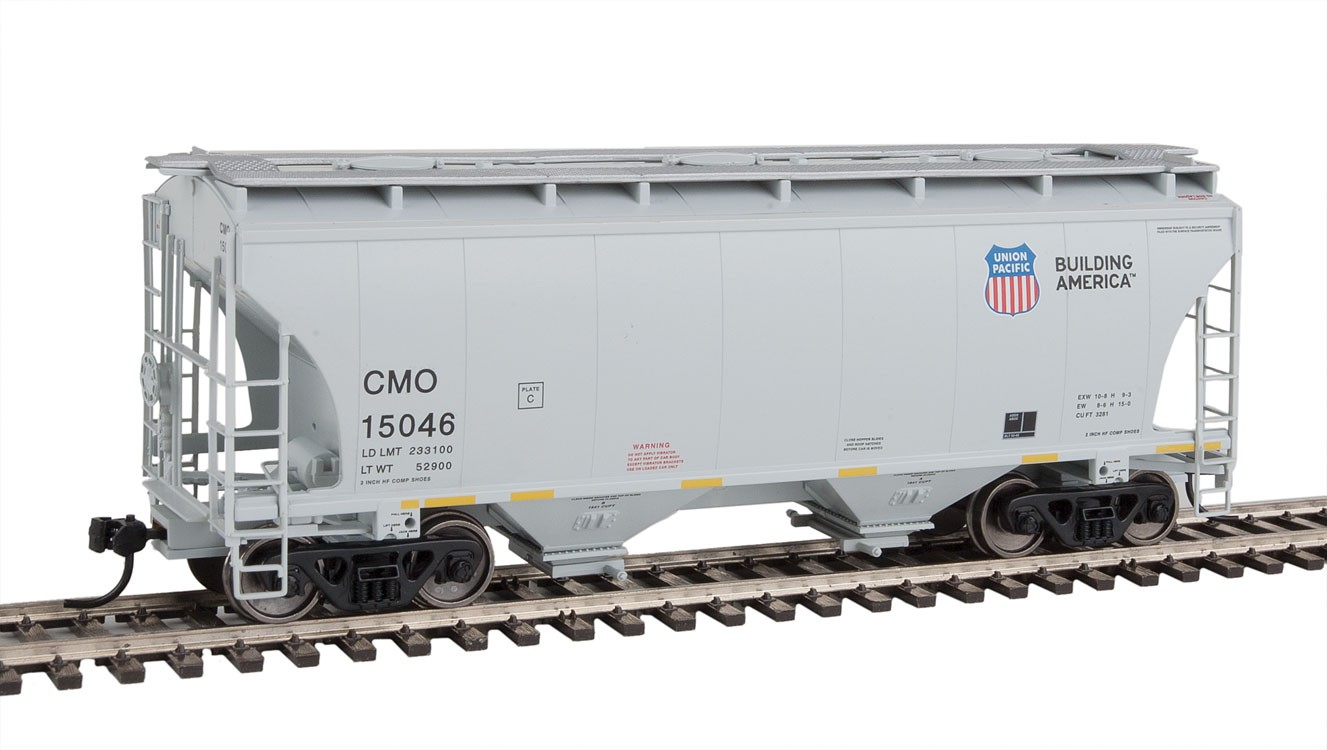 Walthers 7548 HO Scale - 39Ft Trinity 3281 2-Bay Covered Hopper - Union Pacific CMO #15081