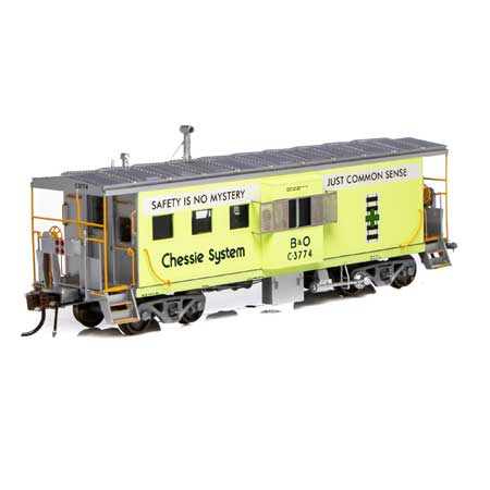 Athearn G78534 - HO Scale ICC Caboose w/lights DCC Ready - B&O/ Chessie #C-3774