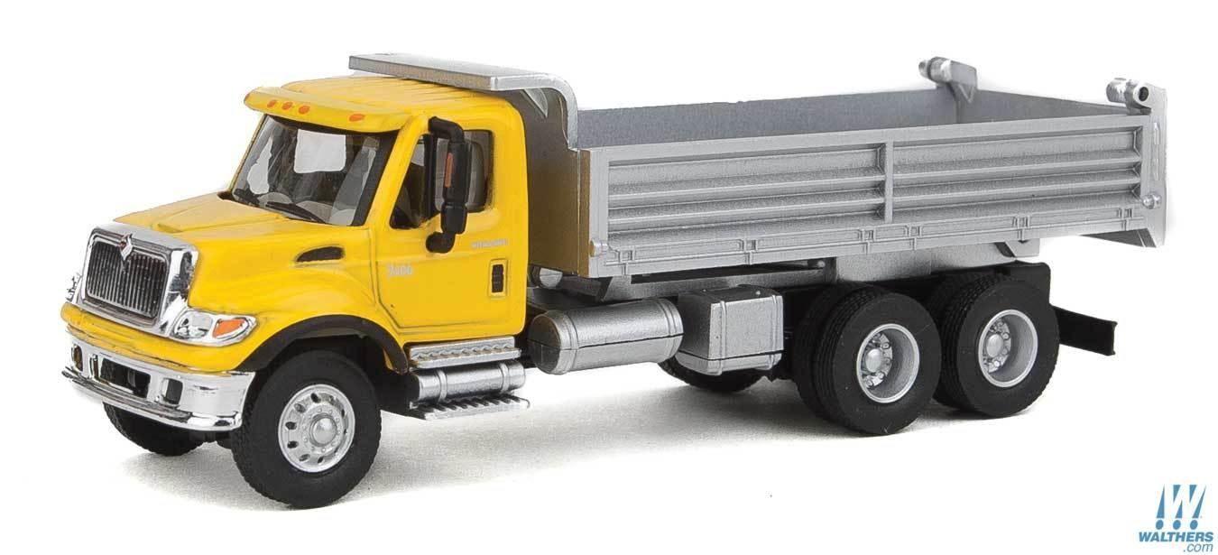 Walthers SceneMaster HO 11663 International (R) 7600 3 Axel Hvy-Dty Dump Truck Yellow Cab/Silver Body