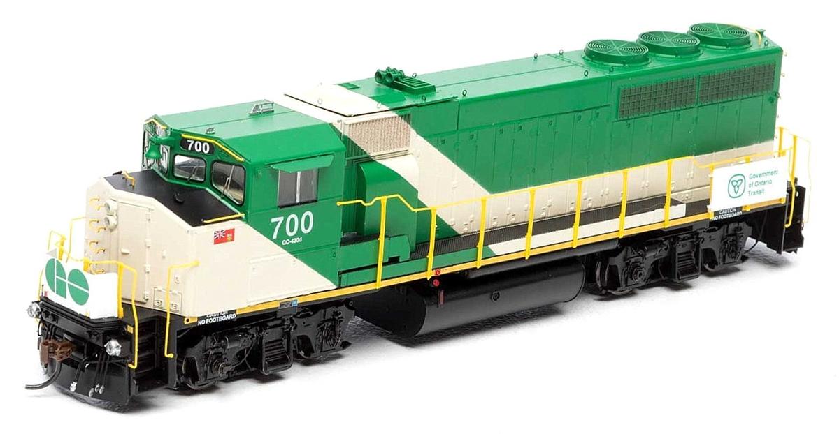 Athearn Genesis G40984 HO Scale GP40-2W, GO Transit #706 DCC & Sound Tsunami 2 140-G40984