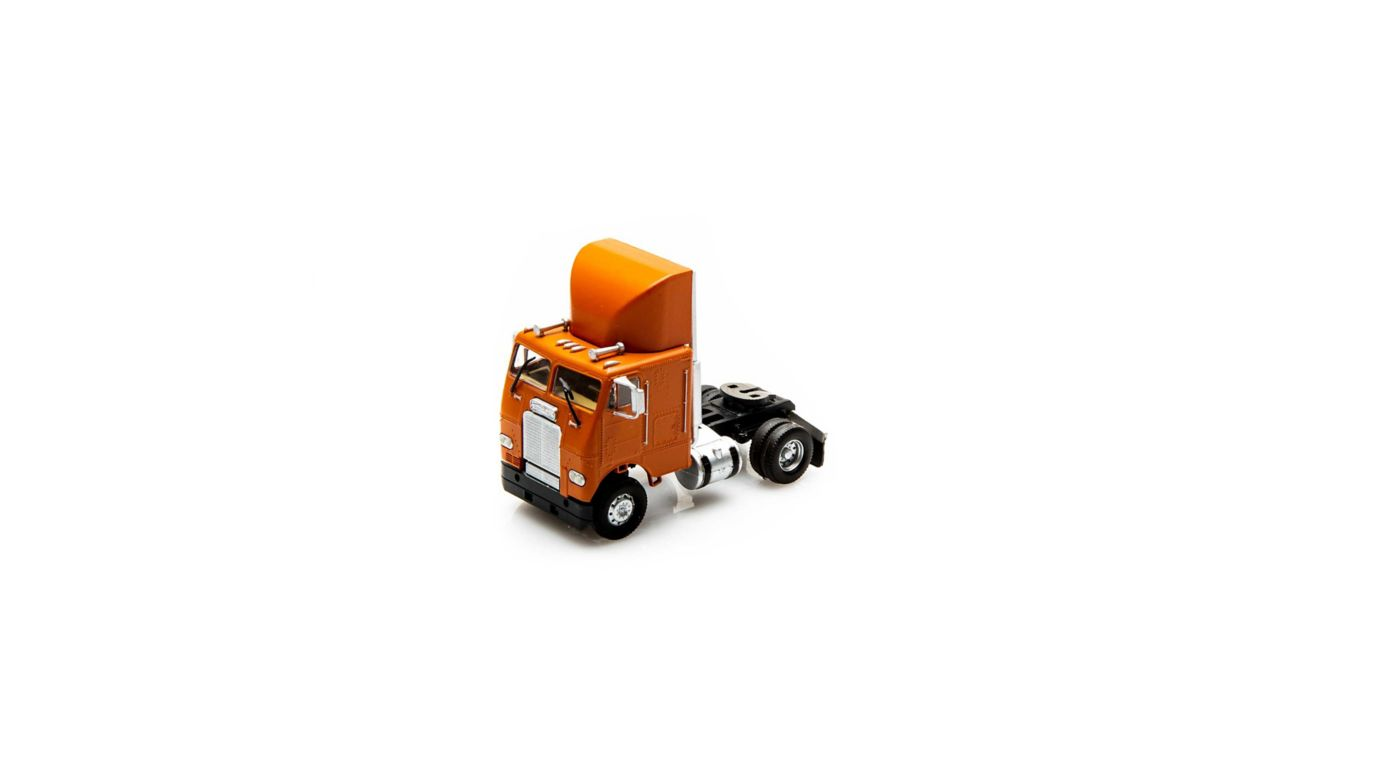 Athearn 78752 - HO RTR Freightliner w/2 Axle, Orange