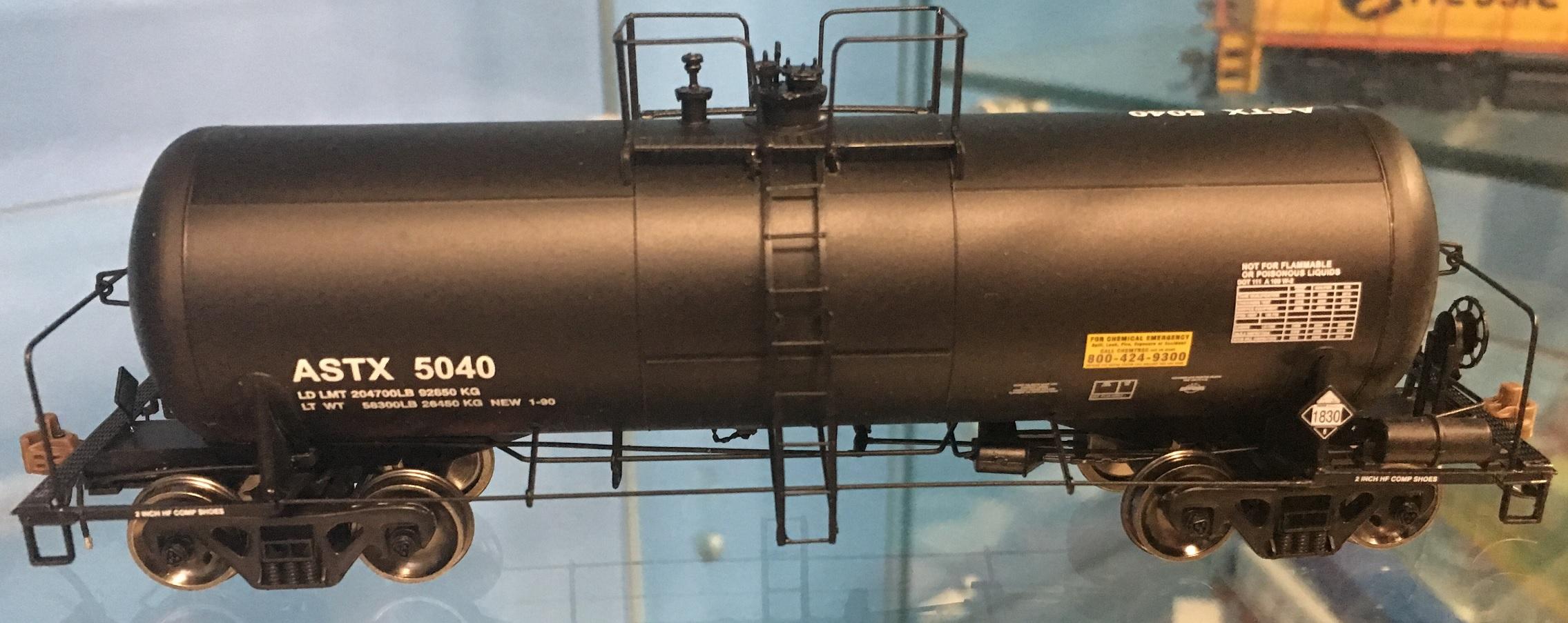 Athearn Genesis G17866 HO - 13K Gallon Acid Tank - ASTX #5006