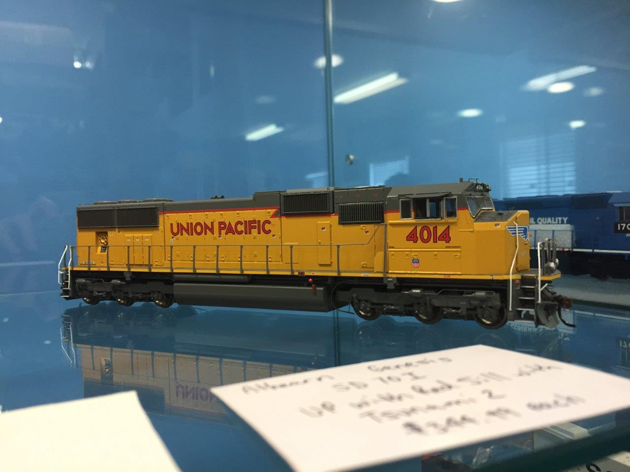 Athearn G69339 HO EMD SD70M w/DCC & Sound, Union Pacific UP #4014