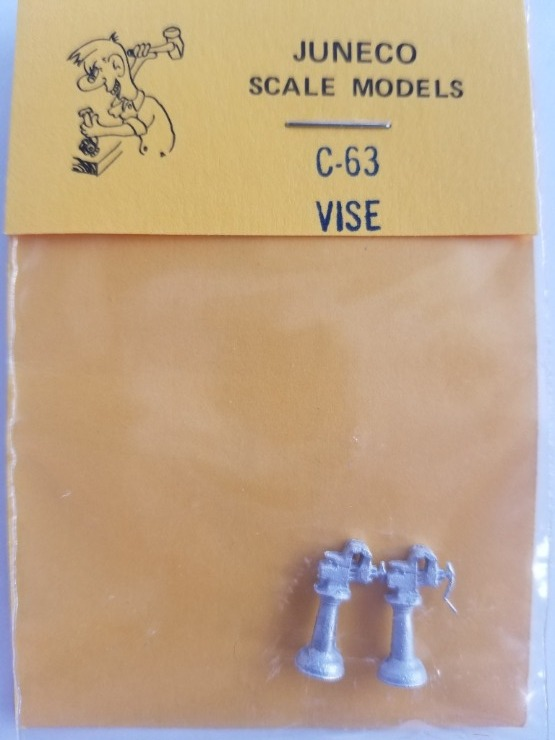 Juneco Scale Models C-63 Vise on Stand (2/pkg)