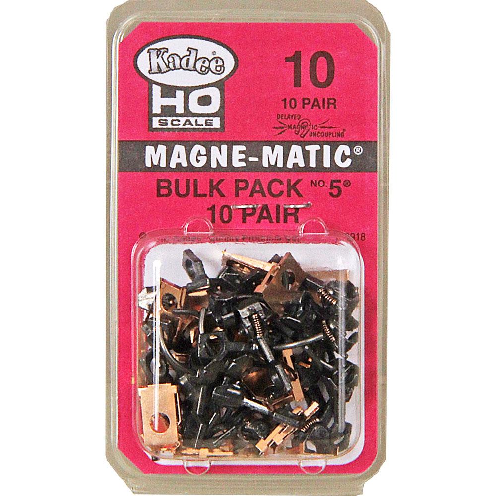 Kadee 10 - HO Bulk Pack #5 Metal Couplers - Medium (9/32 inch) Centerset Shank (10pair)
