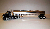 Trucks n Stuff TNS050 - HO Peterbilt T680 Day-Cab Tractor with Chemical Tank Trailer - Assembled- Loves Gemini (black, chrome)