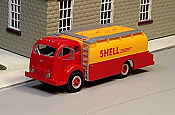 Sylvan Scale Models 05 HO Scale - 1950-68 White 3000 Airport Refueler - Unpainted and Resin Cast Kit