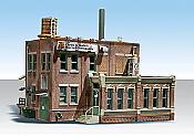 Woodland Scenics 5026 - HO Built-&-Ready Landmark Structures - Clyde & Dales Barrel Factory