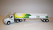 Trucks n Stuff TNS100 HO Kenworth T680 Day-Cab Tractor with Gas Tank Trailer - Assembled -- B.P. (white, green, yellow)