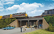 Walthers 4561 HO Cornerstone - Urban Steel Overpass - Kit