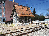 Downtown Deco 1004 HO Fallberg Station - Kit