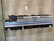 Rapido 083116 - HO EMD F40PH Ph2 w/ditch lights - DCC Ready - AMT Montreal Transit #271