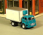 Sylvan Scale Models 313 HO Scale - 1958-72 International C190 Reefer Truck - Unpainted and Resin Cast Kit