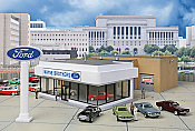 Walthers Cornerstone HO Wayne Bros. Ford Dealership