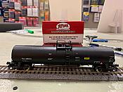 Atlas Model Railroad 20005590 HO 23,500 Gallon Tank Car Trinity Industries TILX No.260131