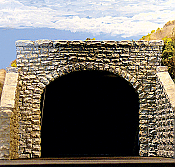 Chooch Enterprises Double-Track Random Stone Tunnel Portal