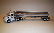 Trucks n Stuff TNS092 HO Peterbilt 579 Day-Cab Tractor with Gas Tank Trailer - Assembled -- Chevron (white, red, black, blue, chrome)