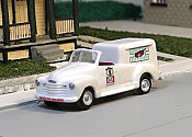 Sylvan Scale Models 04 HO Scale - 1948-53 Chevy Good Humor Ice Cream Truck - Unpainted and Resin Cast Kit