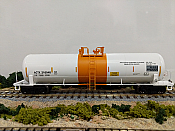 Athearn 15759 HO - RTR RTC 20,900 Gallon Tank Car - ACTX #210048